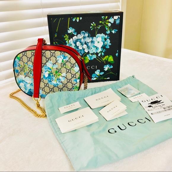 74cb7bbcb10c Gucci Bags | Nwt Mini Blooms Gg Supreme Chain Crossbody | Poshmark